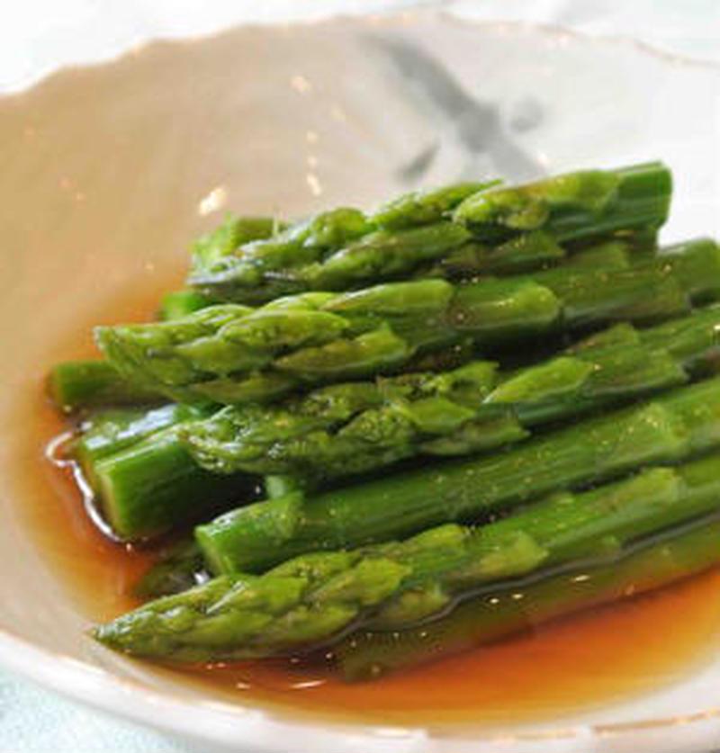 あと一品の野菜おかずに♪「アスパラのお浸し」の作り方