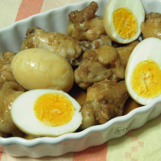鶏手羽元とゆで卵のつや煮+大根の煮物