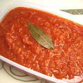 『トマトソース』 ホールトマト1缶に対して50g(1/4個)の玉ネギがベストバランス