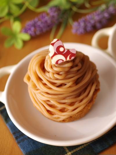 簡単本格モンブランケーキ☆シンプル(生クリームなし・牛乳使用)