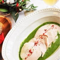 ローリエ風味の鶏胸ハム*グリーンソース☆