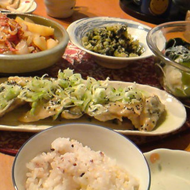 鯖味噌煮と諸々和食ごはん。
