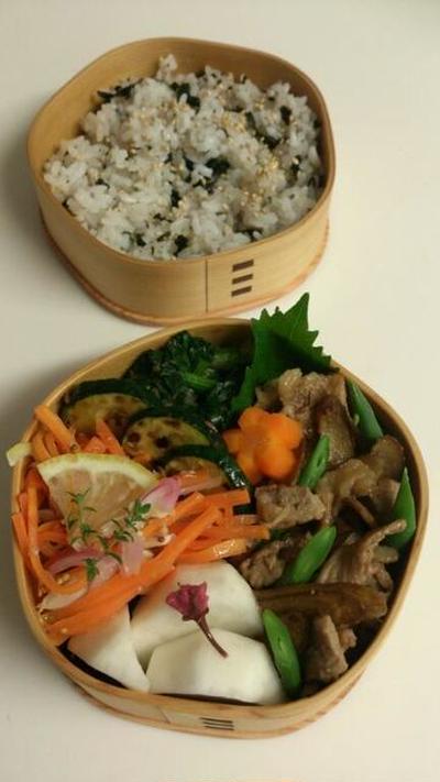 2016/6/13ごぼうと豚肉の甘酢炒め弁当【詰め方つき】