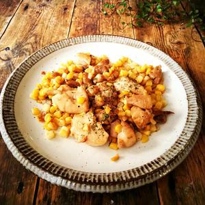 鶏もも肉とコーンのバター醤油炒め