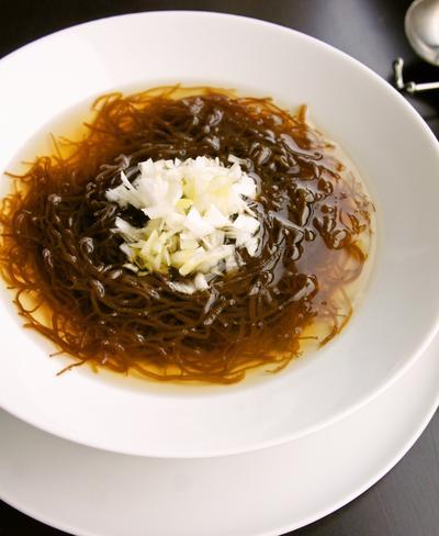 ヘルシーで美味しい♪簡単もずくスープ