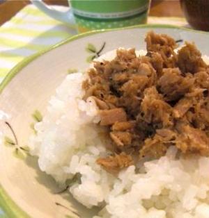 今日の食材が「ツナ缶」しかない人のための、簡単「ツナそぼろ」