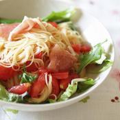 トマトと生ハムde柚子こしょうの冷製パスタ