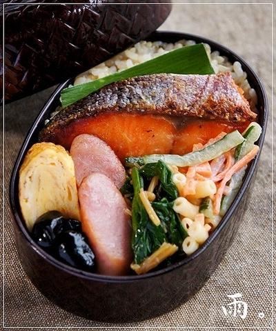 鮭の西京焼きと飯島奈美さんコラボ弁。
