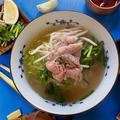 【ベトナム料理】赤身牛肉がやわらかジューシー!スパイス香る牛肉のフォーのレシピ