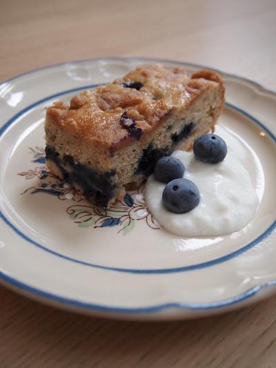 ブルーベリーバナナクランブルケーキ