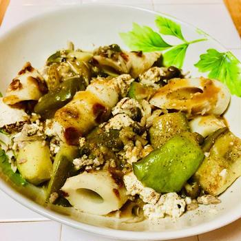 創味のつゆが隠し味の♪ナスと竹輪の和風麻婆豆腐♡