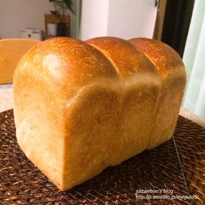 ヨーグルト酵母の食パン/朝ごはん