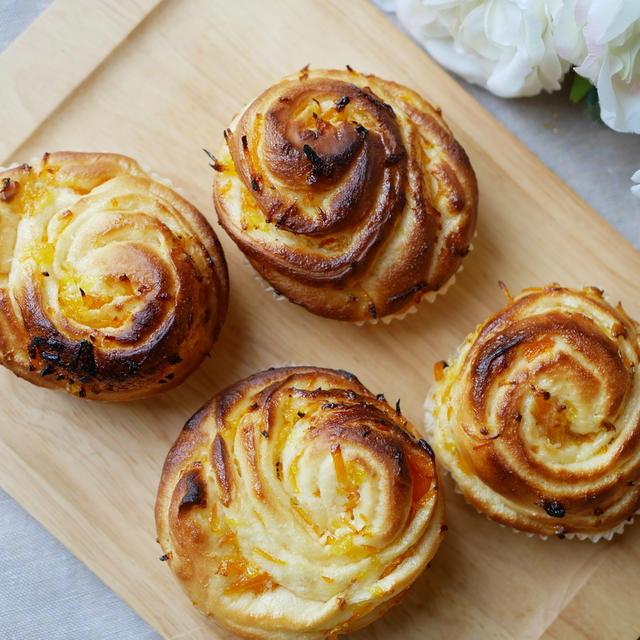 菓子パン系ダントツ1位!オレンジの爽やかな香り~♪マーマレードと練乳のふわふわあま~いパン!