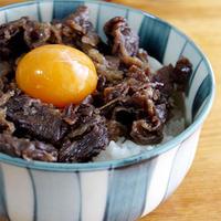 最高級A5ランク仙台牛すき焼き煮で牛丼風