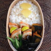 【お弁当】鮭のれんこんはさみ焼き