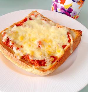 朝から5分で栄養満点!かんたんピザトースト