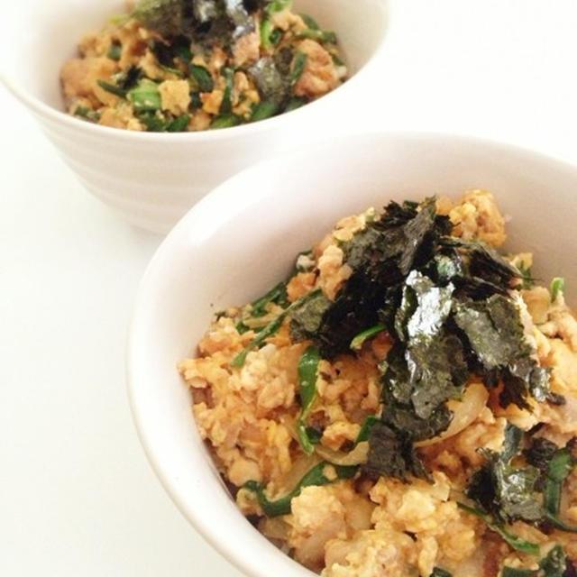 ニラ炒り豆腐丼