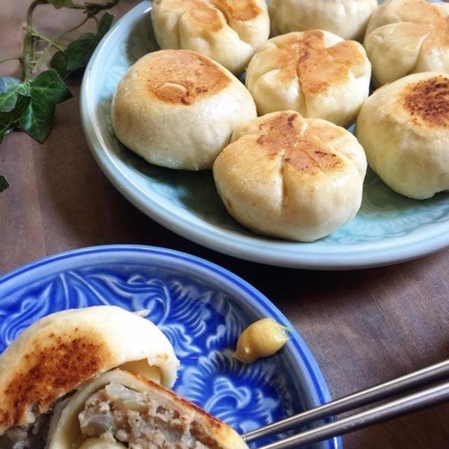 無印良品!フライパンで作るナンの粉でお焼き♪肉汁じゅわ〜!