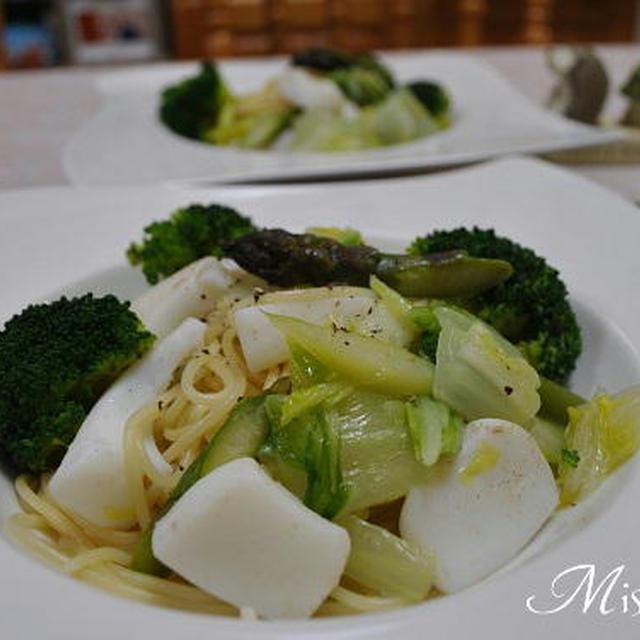 イカとアスパラ ブロッコリー白菜のパスタ
