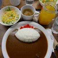 宝塚料理店のカレーランチセット