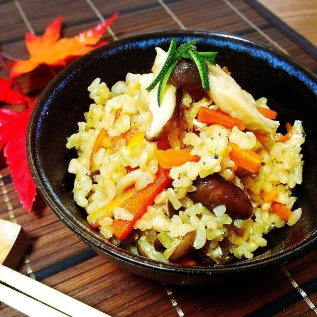 玄米できのこ炊き込みご飯と昔の思い出話。