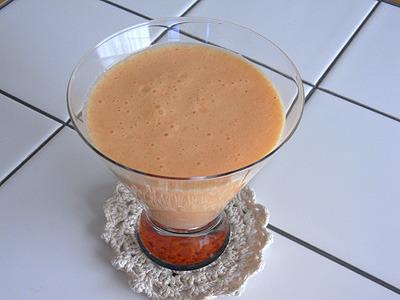 にんじん+美生柑+キウイフルーツ+牛乳のフレッシュジュース