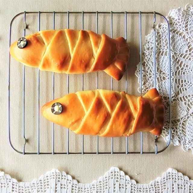 レシピ*かわいいお魚の形のツナチーズパン ♪ 工程写真付き