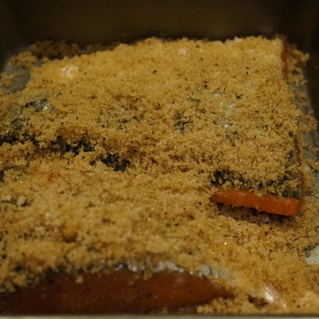 自家製ホットスモークサーモンのサラダ & ポーターハウスステーキでお祝い