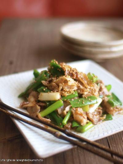 九条葱と豚バラの生姜味噌炒め。