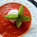 お疲れ気味の胃に優しいトマトスープ