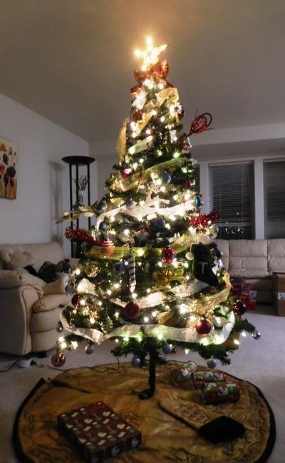 クリスマスツリー点灯式 ~ 切り子のグラスで乾杯