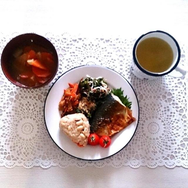 これぞ和食な朝ごはん~冷蔵庫整理の結果~