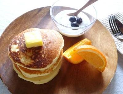 オレンジとリコッタチーズの米粉パンケーキ