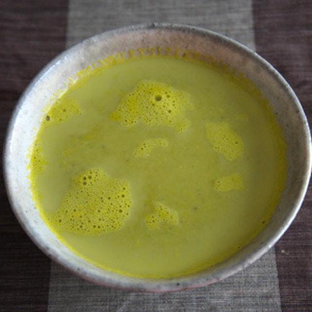 かぼちゃ+たまねぎ+牛乳のスープ
