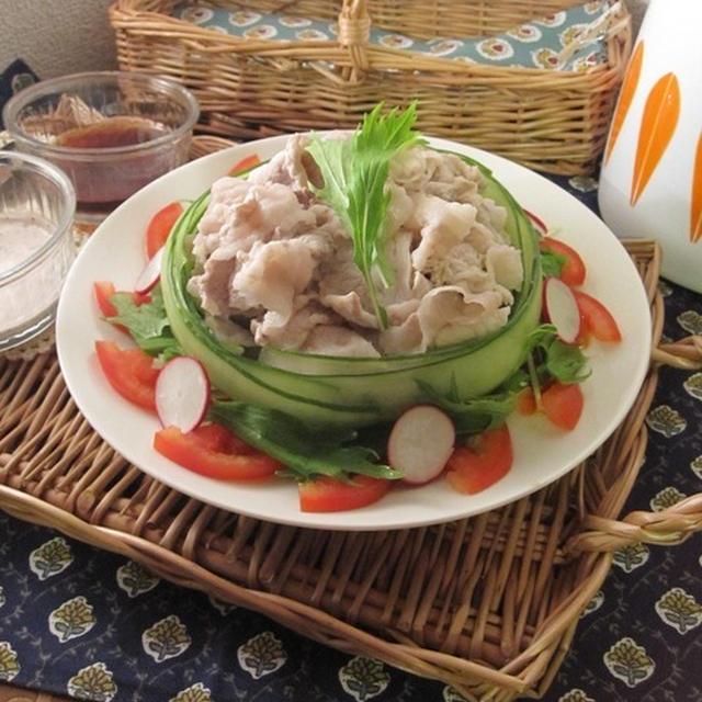 夕食ワンプレ♪蒸かし茄子と冷しゃぶサラダ(ゆかりクリームタレ)とミートソースライス