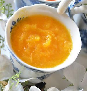 寒い冬の朝活に 黄色のホットスムージー にんじん×みかん×オリーブオイル×ジンジャー  風邪予防