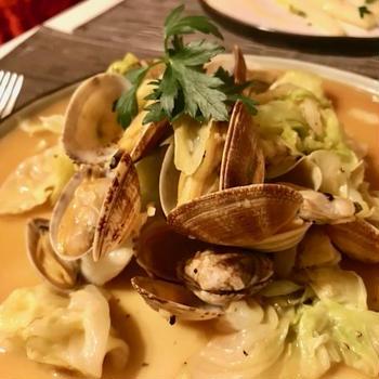 キャベツとあさりの洋風酒蒸し: Clams & Cabbage Japanese marinière