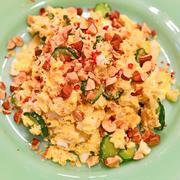 7月20日 金曜日 アーモンド入りおからと卵のサラダ