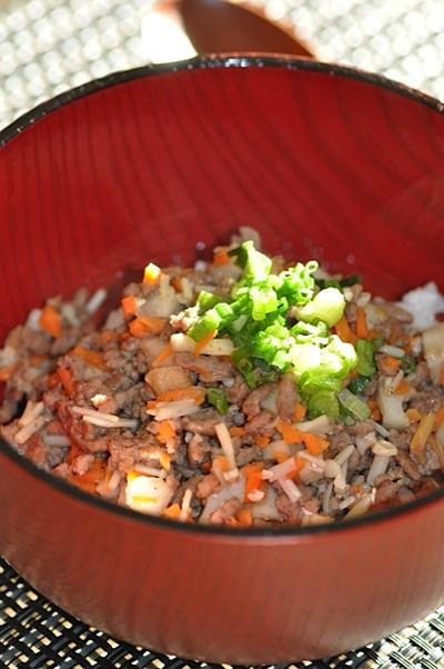 カレー風味の蓮根丼