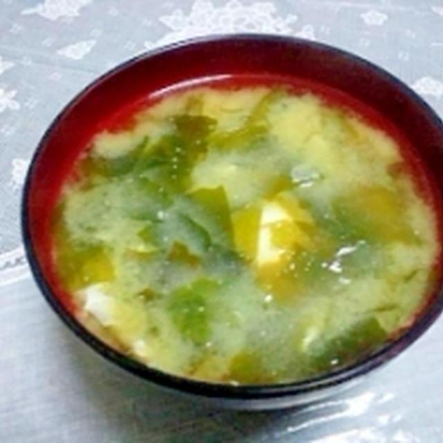 塩麹で一味違う☆うま味噌汁