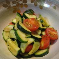 「「ハウス香りソルト」レシピモニター ズッキーニとミニトマトのハウス香りソルトソテー