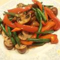 野菜の副菜レシピ パプリカとブラウンマッシュルームのソテー