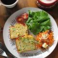 ケーク・サレとキャロット・ラペ、夏野菜と卵のココットでランチ♪