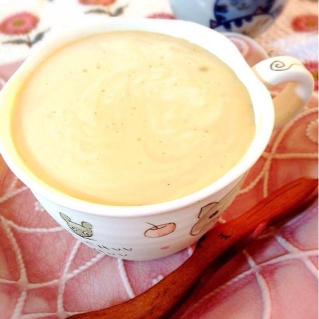 自家製ほうじ茶でほうじ茶パンナコッタ。