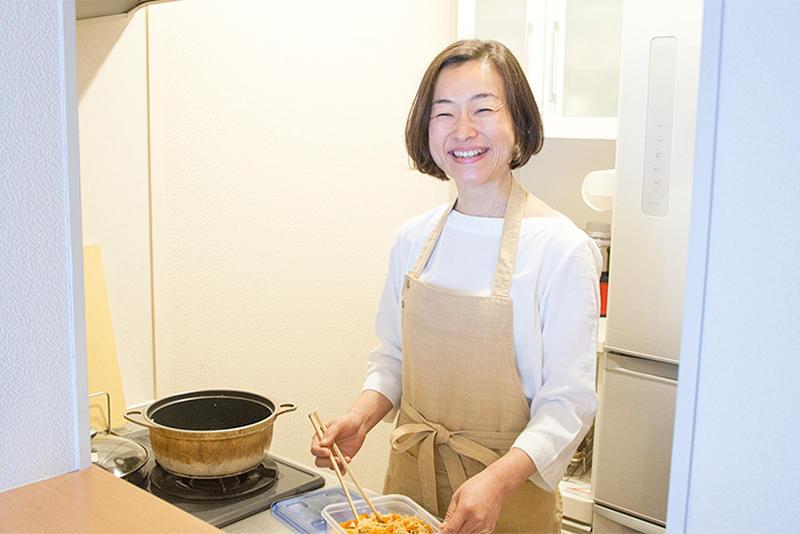 「週末の作り置きレシピ」のスガさんに聞く安心・簡単の食中毒対策!