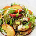 すももとベビーリーフのサラダ【#簡単レシピ #ダイエット #すもも #美味しい】 by くにこさん