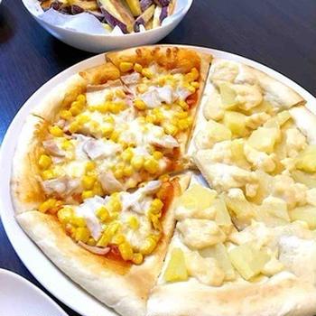 ハムコーン&パインカスタードのピザの晩ご飯