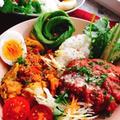 チキンの無水カレーでハンバーグカレー【staub鍋】 by みすずさん