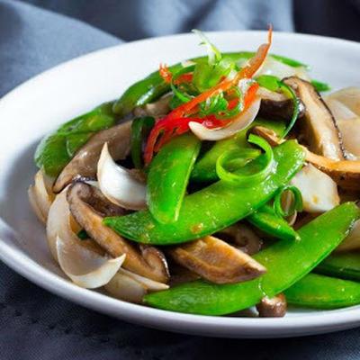 冬菇百合炒蜜糖豆│シイタケとユリネとサヤエンドウの野菜炒め