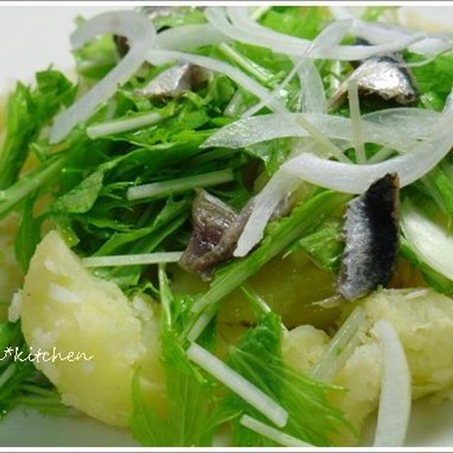 アンチョビでササっと大皿に作る。ポテトサラダ。